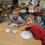 SES Students who met their AR Goals Enjoying Cookies Picture 15