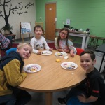 SES Students who met their AR Goals Enjoying Cookies Picture 17