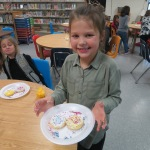 SES Students who met their AR Goals Enjoying Cookies Picture 23